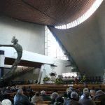 """L'église de Notre-Dame-Reine-de-Pologne """"l'Arche du Seigneur"""" a Nowa Huta"""