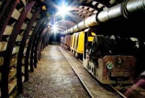 wnętrze kopalni uranu